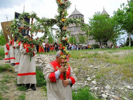 Tsaghkazard or Tsaxkazard. Easter in Armenia